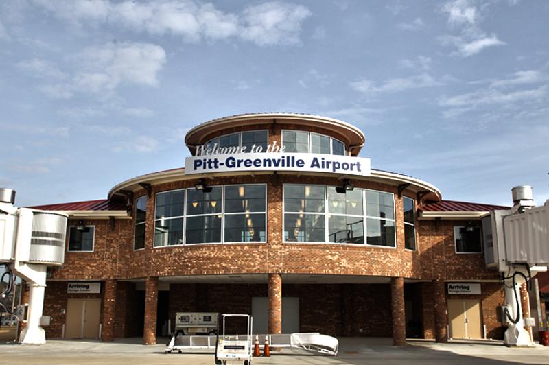 Pitt_Airport_1-ID-1555c5aa-8ce6-48d7-a25e-39fb1cd9134f