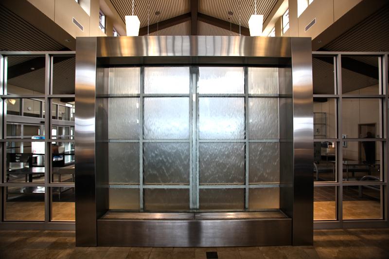 Pitt_Airport_3-ID-e4b28c27-2b81-45a0-e357-8b894f790efb